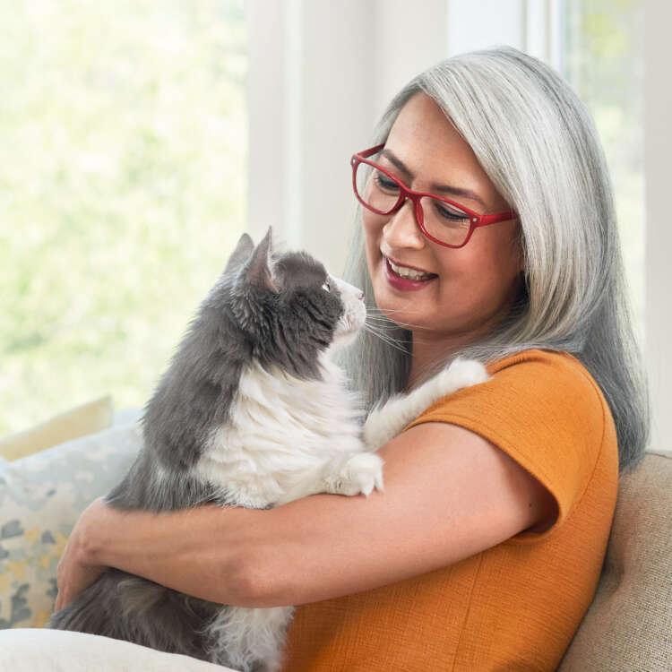 Purina Cat Chow for Seniors_close up